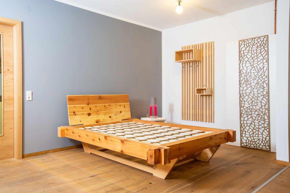 schnurr-die-raummoebelbauer-schlafen-bett-3