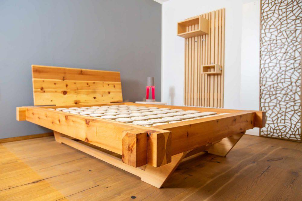schnurr-die-raummoebelbauer-schlafen-bett-1